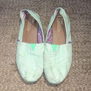 TOMS shoes women's 9.5